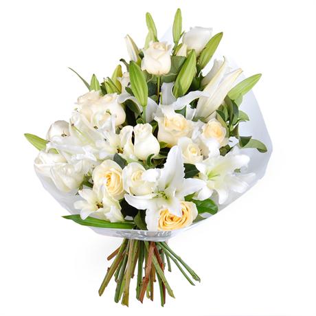 """Букет """"Дівоча чистота"""" білі троянди та лілії"""