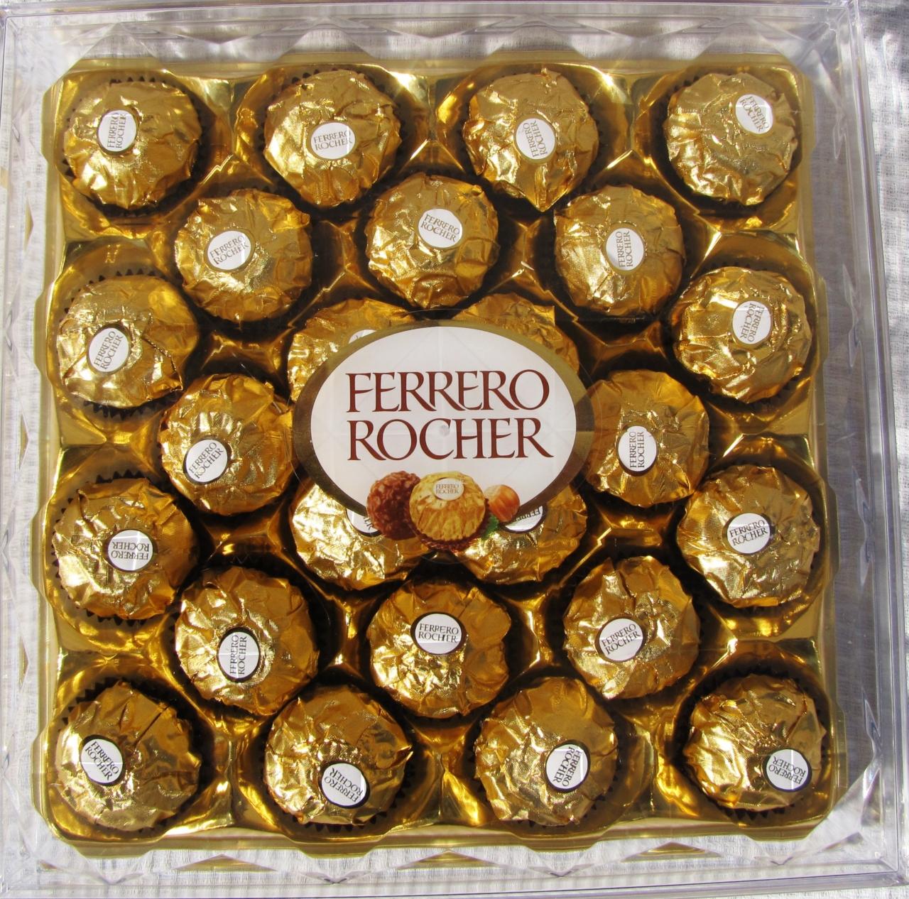 Набор цукерок Ferrero Rocher фото