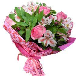 Букет Рожевий колір троянди та альстромерії