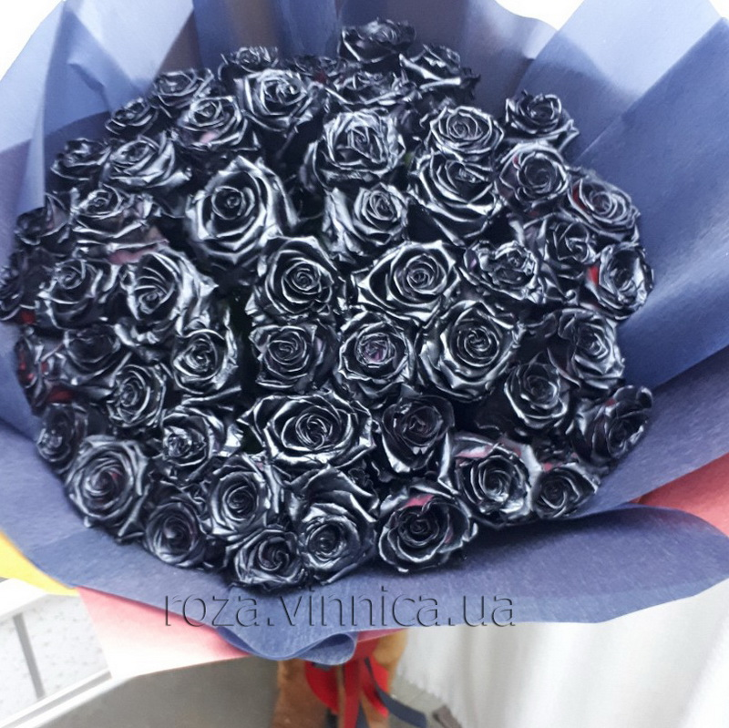 101 чорна троянда