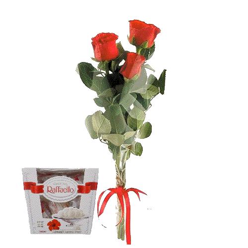 3 червоні троянди з цукерками фото